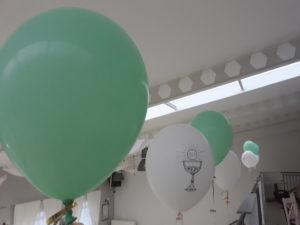 balony z helem na komunię , dekoracje balonowe na komunię Koło, Turek, Konin, Łódź, Poznań, Izbica kujawska