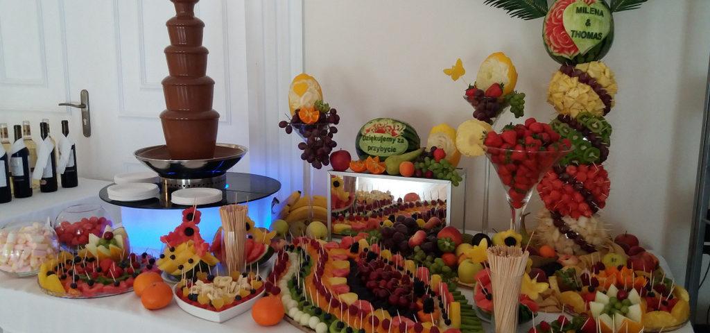 fontanna czekoladowa, stół owocowy Biały Pałac Konstantynów Łódzki