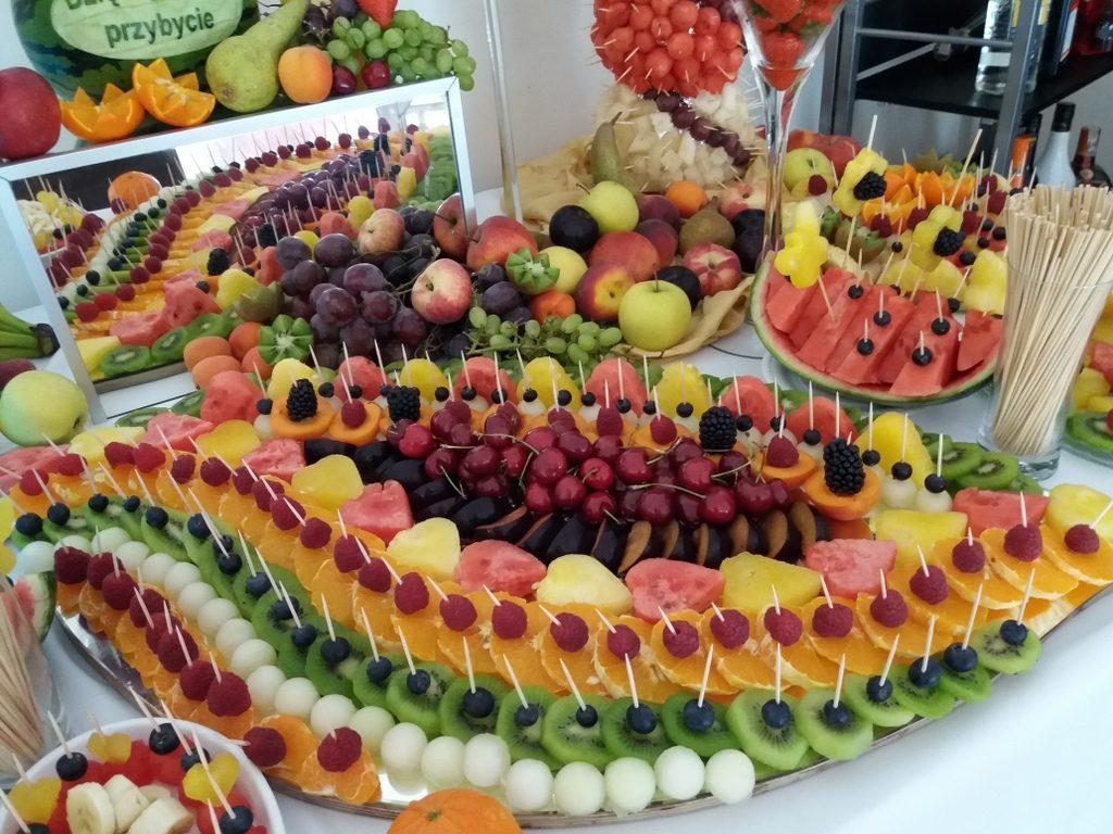 stół z owocami, fruit carving, fruit bar, fontanna czekoladowa Biały Pałac Konstantynów Łódzki