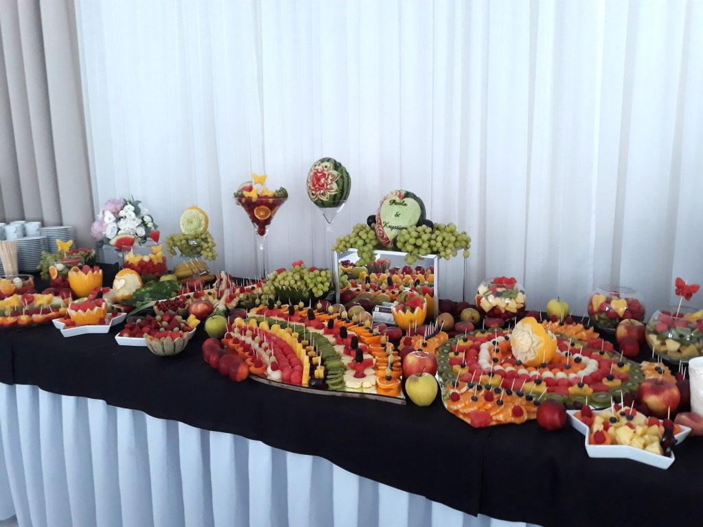 bufet owocowy, stół owocowy, dekoracje owocowe, fruit carving, fruit bar koło, konin, turek