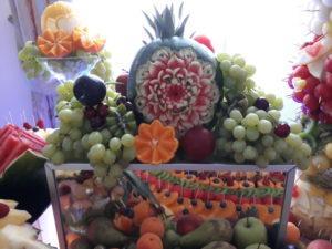fontanna czekoladowa, fruit carving, stół z owocami, fruit bar Zajazd Europejski