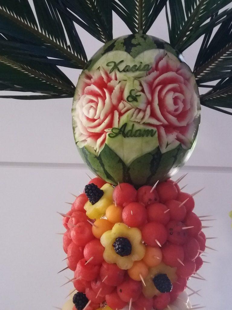 palma owocowa, fruit carving, dekoracje owocowe, stół owocowy Moran Spa Powidz