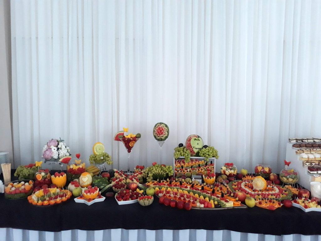 stół owocowy, dekoracje owocowe, fruit carving, fruit bar,