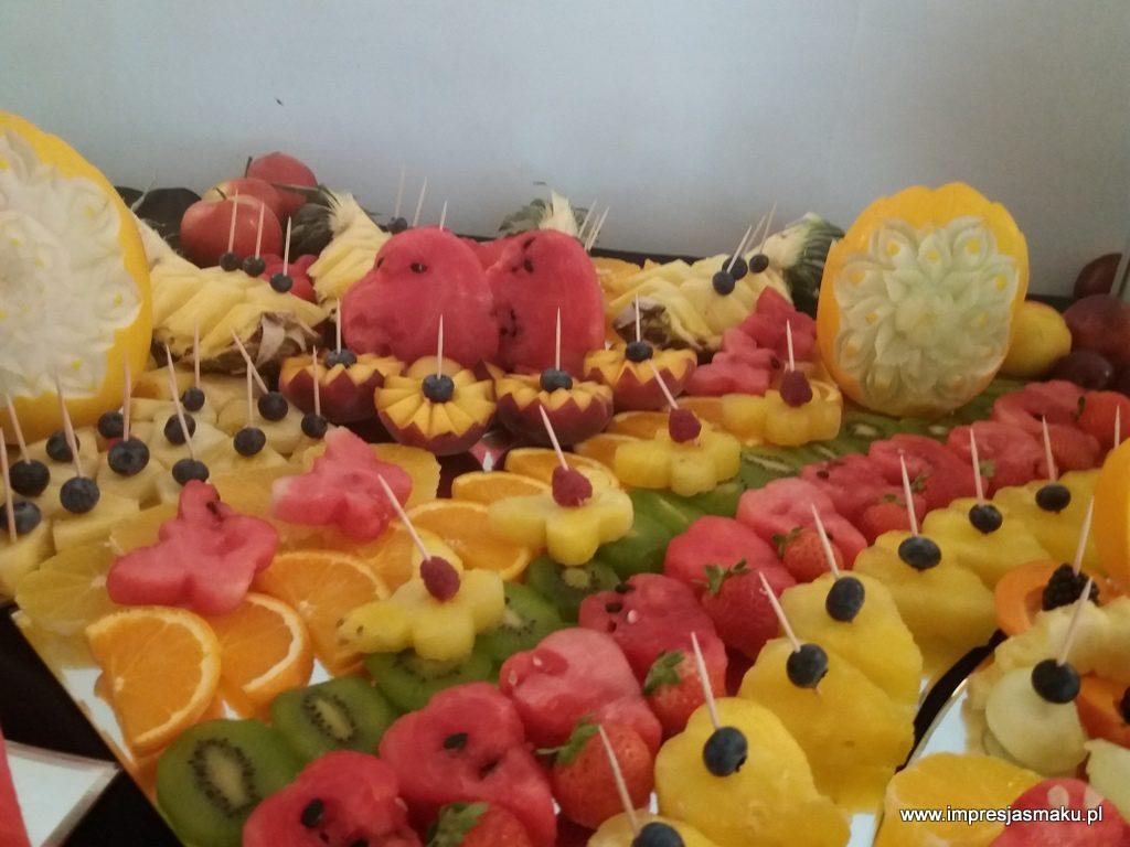 fontanna czekoladowa, dekoracje owocowe, fruit carving, stół owocowy, fruit bar, palma owocowa, Włocławek, Łódź, Turek, Konin, Kalisz