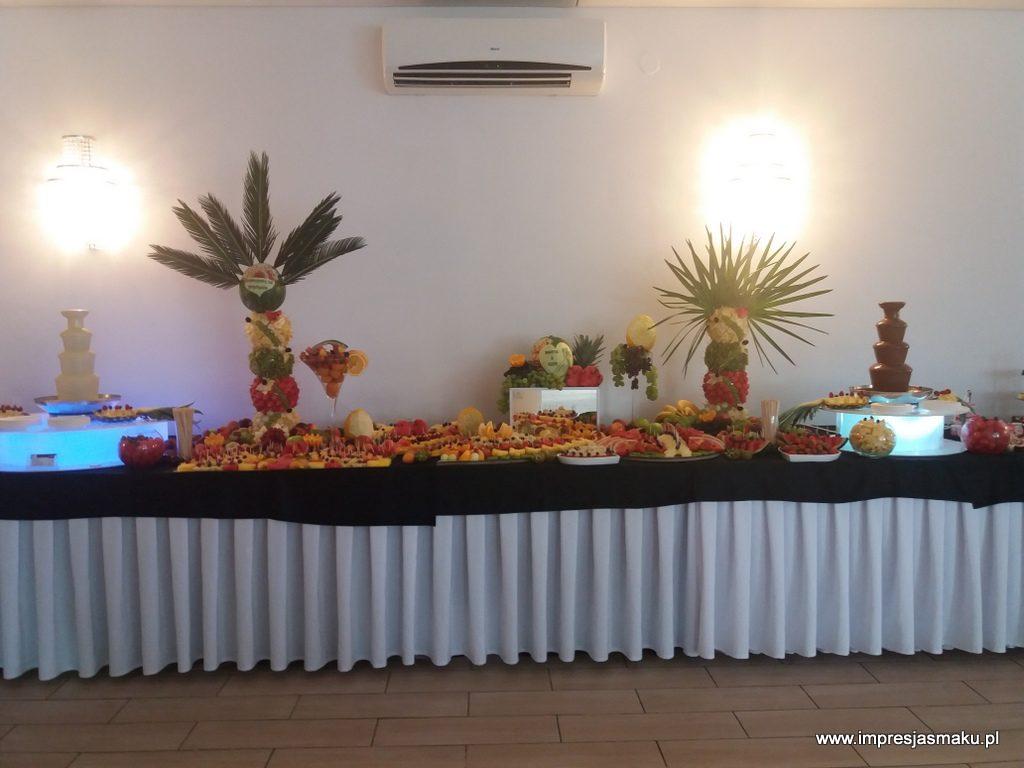 stół owocowy, fruit bar, fruit carving, dekoracje owocowe, fontanna czekoladowa, palma owocowa