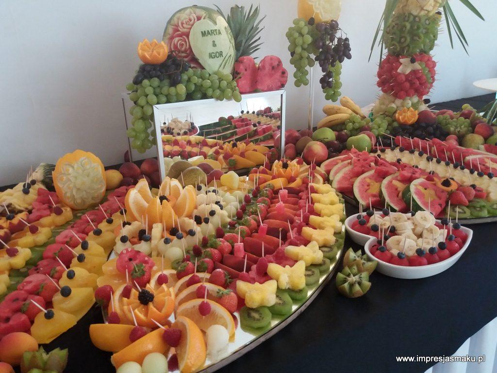 stół owocowy, fruit bar, fruit carving, dekoracje owocowe, fontanna czekoladowa, palma owocowa Koło, Konin, Kalisz, Łódź
