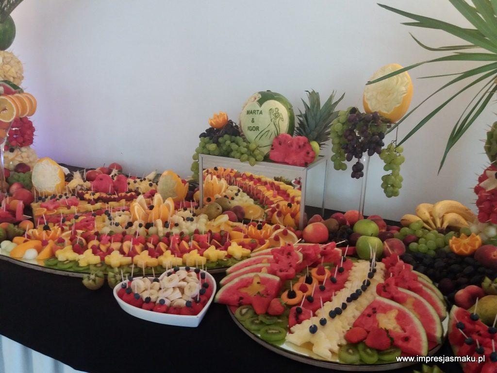 stół owocowy, fruit bar, fruit carving, dekoracje owocowe, fontanna czekoladowa, palma owocowa, Poznań, Łódź, Turek, Konin, Kalisz