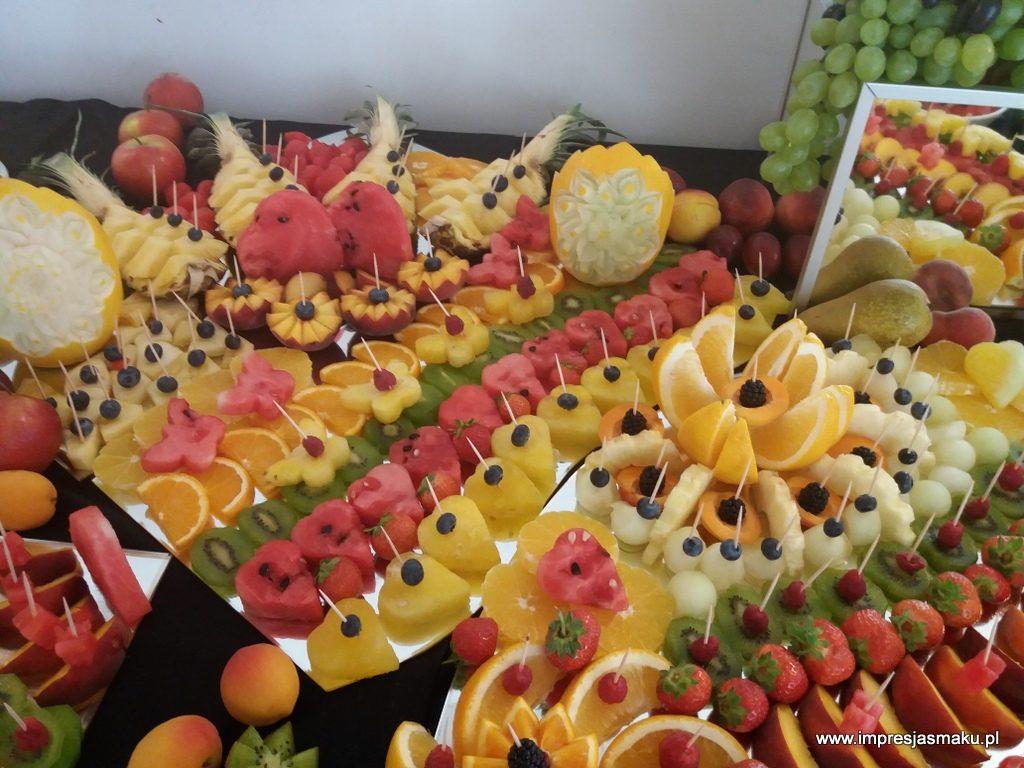 stół owocowy, fruit bar, fruit carving, dekoracje owocowe, fontanna czekoladowa, palma owocowa, Poznań, Warszawa, Turek, Konin