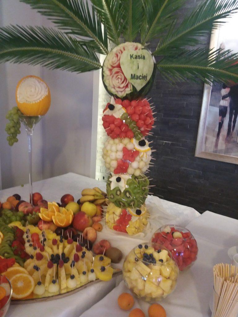 palma owocowa, fontanna czekoladowa, stół owocowy, dekoracje owocowe, fruit carving, fruit bar Zacisze Domanin, Łódź, Kalisz, Turek