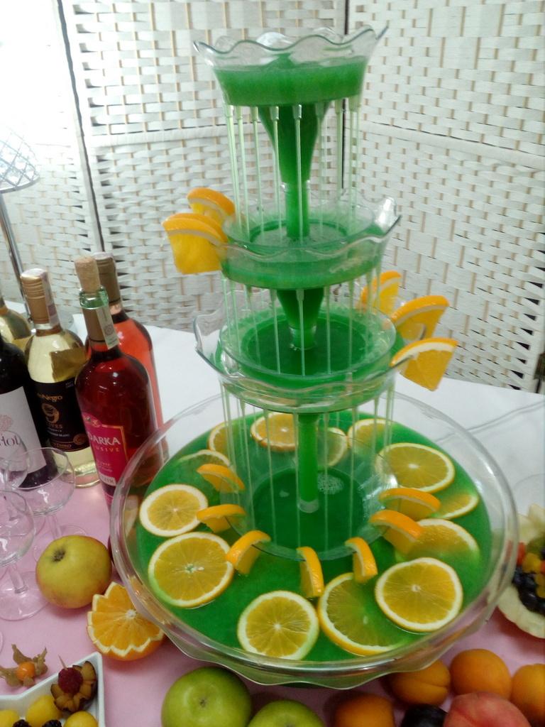 fontanna alkoholowa, fontanna do drinków, fontanna do alkoholu
