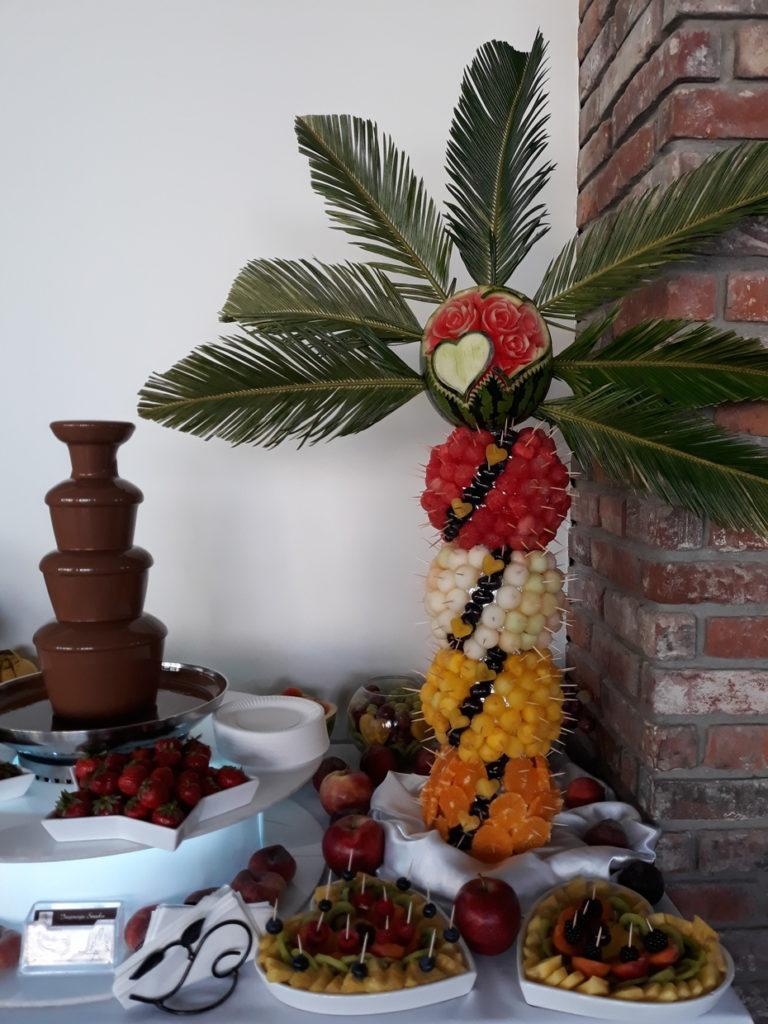 fontanna czekoladowa, palma owocowa, stół owocowy, fruit carving, fruit bar, dekoracje owocowe, bufet owocowy
