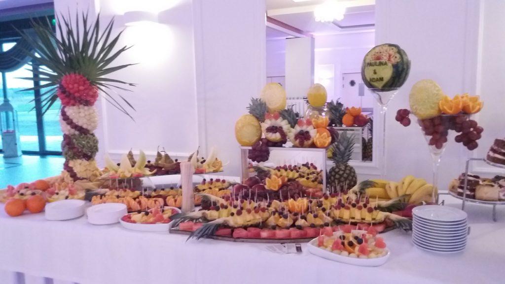 stół owocowy, bufet owocowy, fruit carving, dekoracje owocowe, palma owocowa Turek, Konin, Kalisz, Łódź