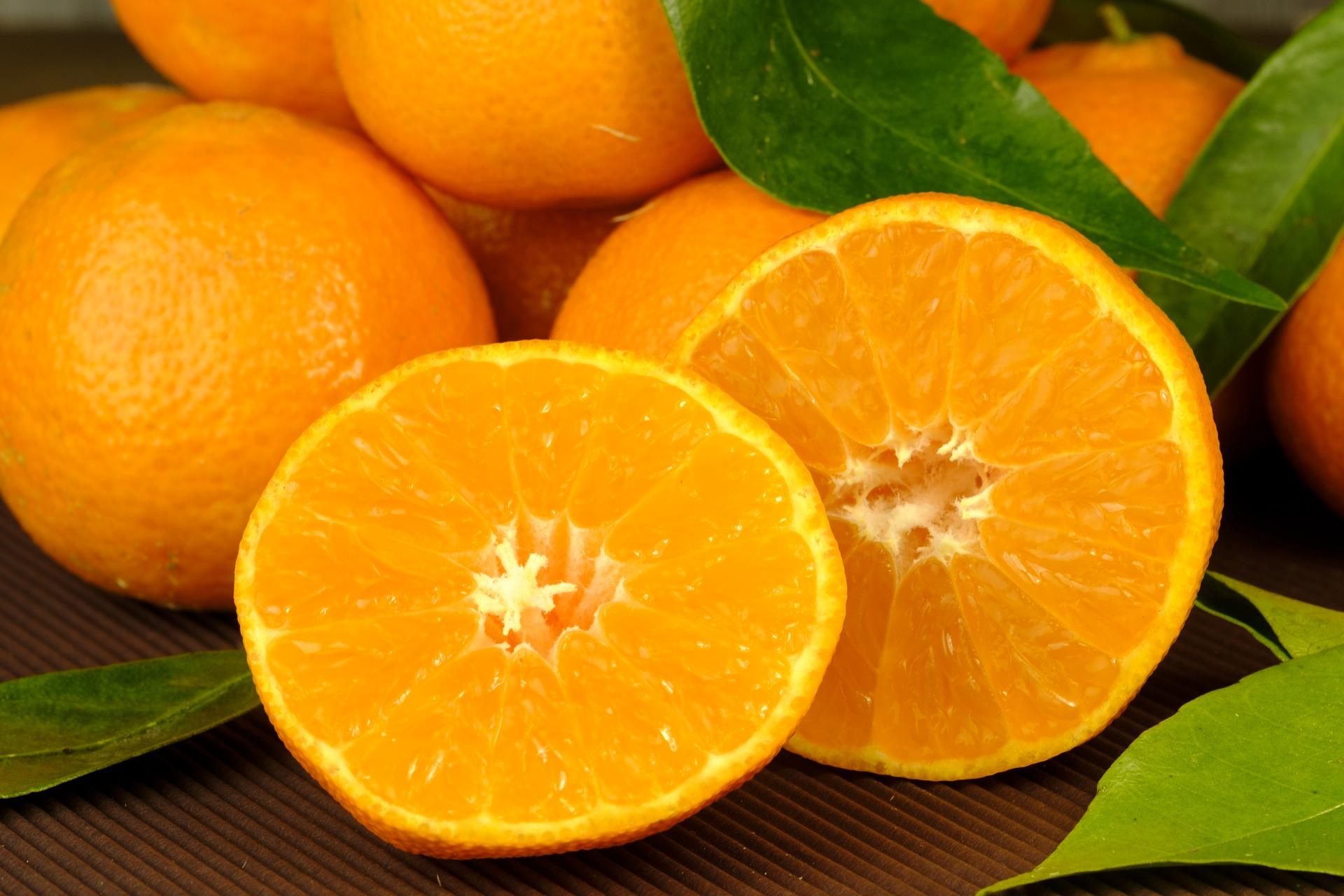 tangerines-3068421_1920