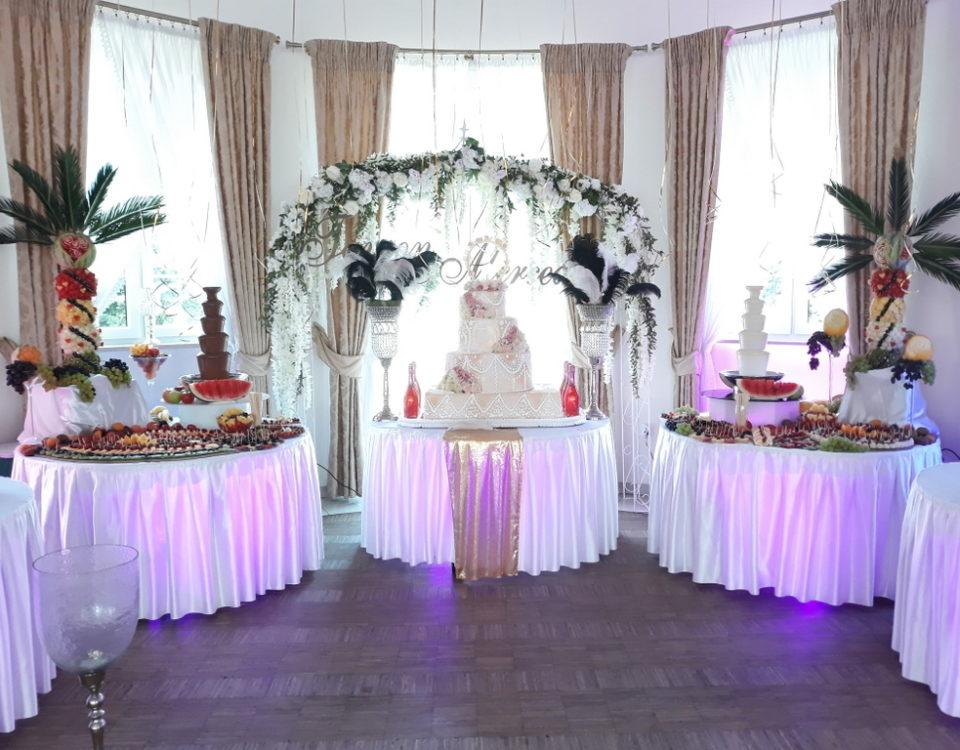 fontanna czekoladowa, dekoracje owocowe, fruit carving, owocowy bar, owoce na stoły, Turek, Konin, Koło, Łódź, Warszawa, Poznań