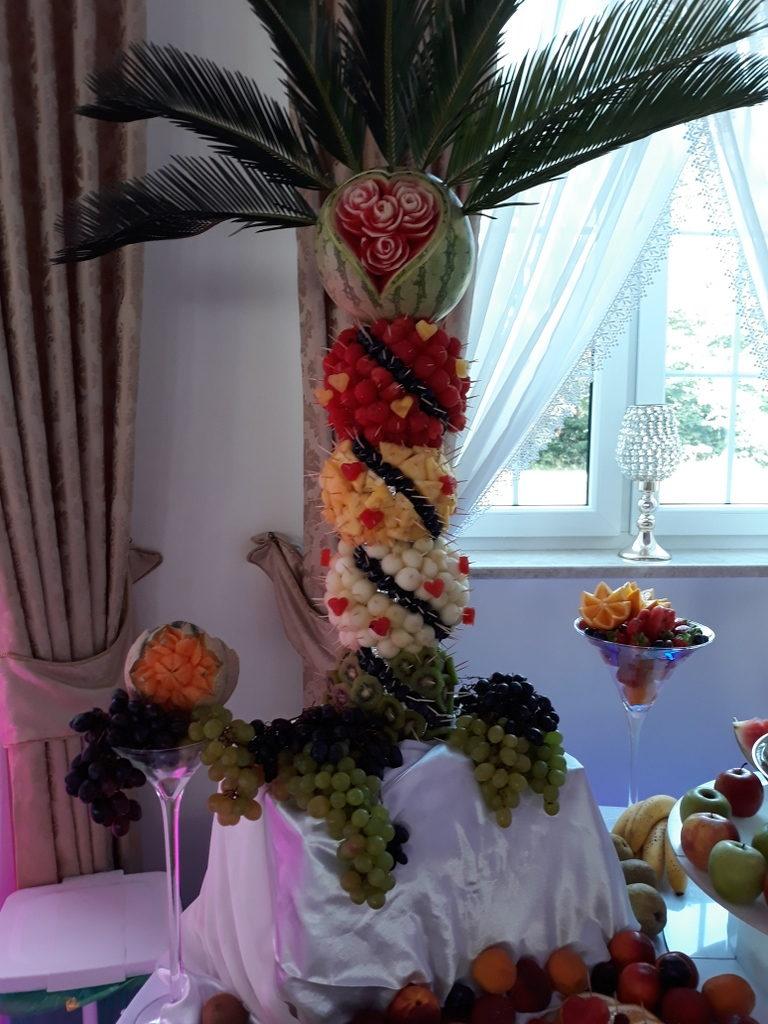 palma owocowa, dekoracje owocowe, fruit carving, ananas, owoce na stoły, Turek, Konin, Koło, Łódź, Warszawa, Poznań