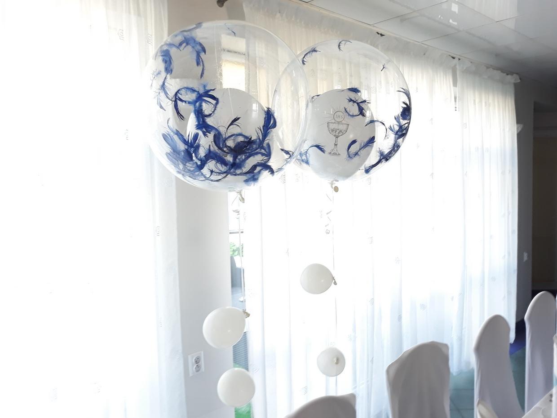 dekoracje balonowe, balony z helem na komunię, dekoracje na komunię-001