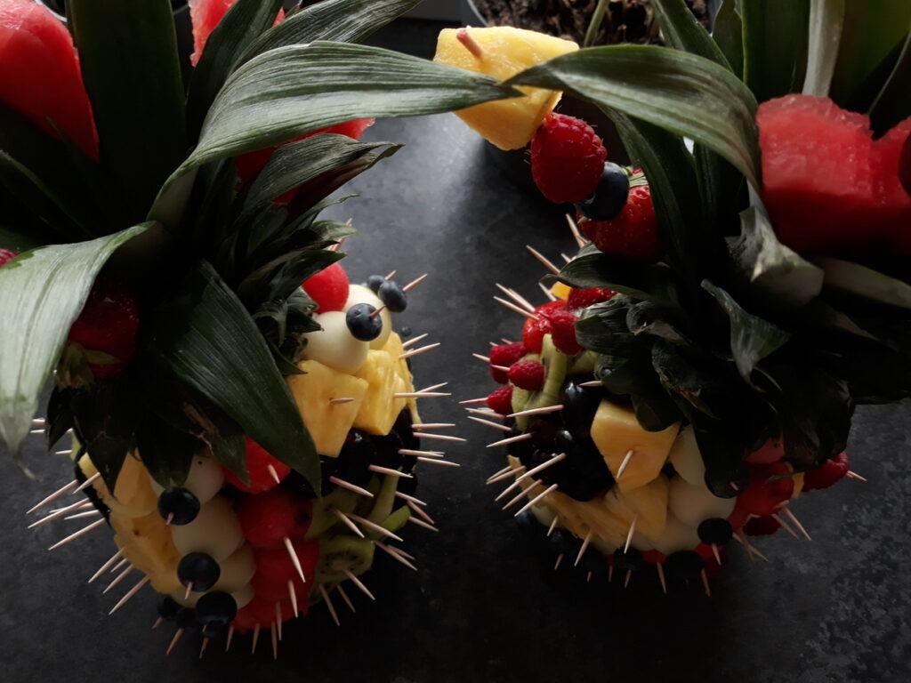 food art, owoce na impreze, dekoracje owocowe, fruit carving, owocowy ananas,