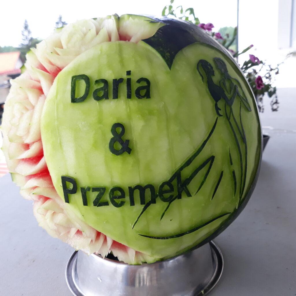 fruit carving, food art, dekoracje owocowe, stół z owocami