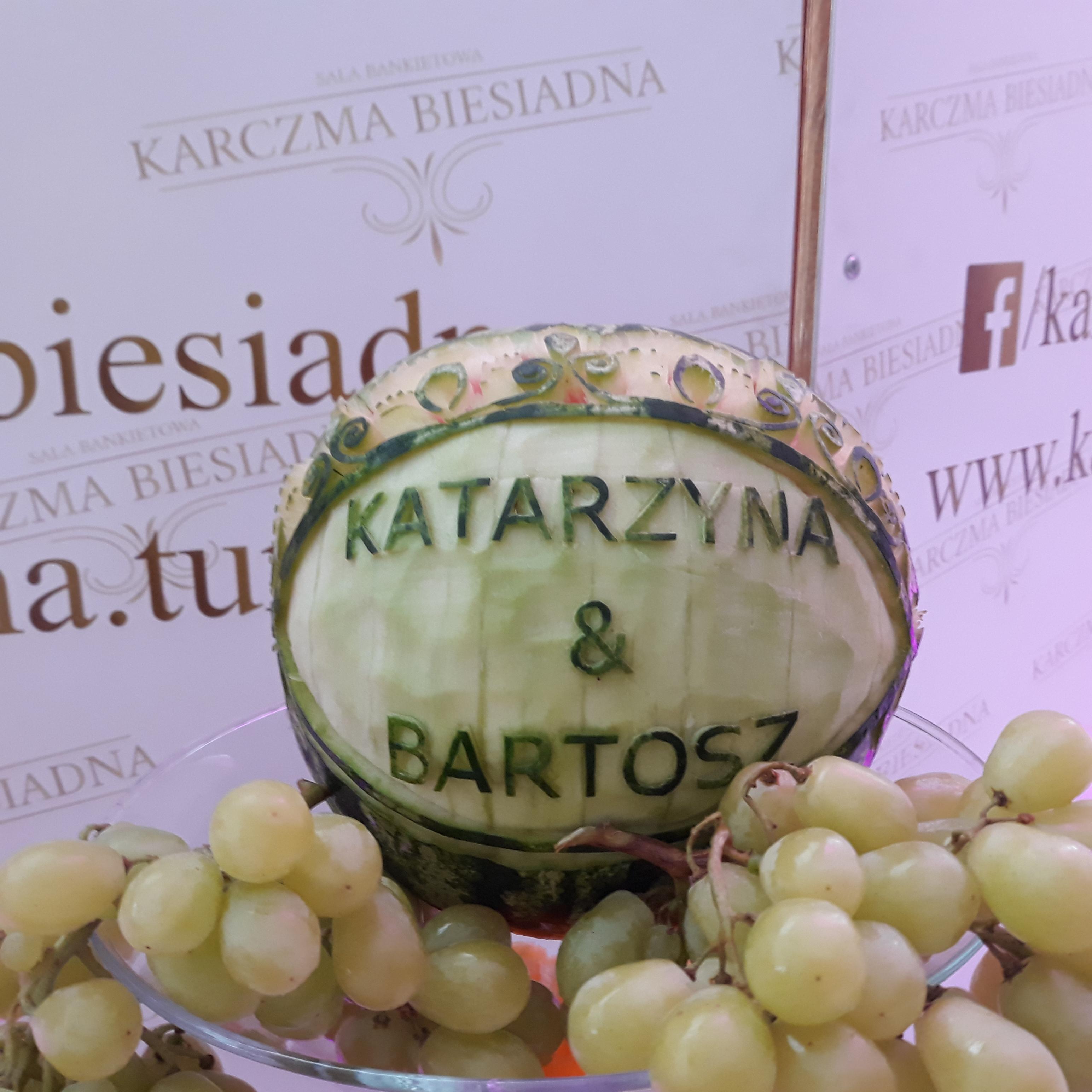 fruit carving, stół owocowy na wesele Konin, fruit bar, stół owocowy Turek, stół z owocami Koło, dekoracje owocowe, fruit bar,