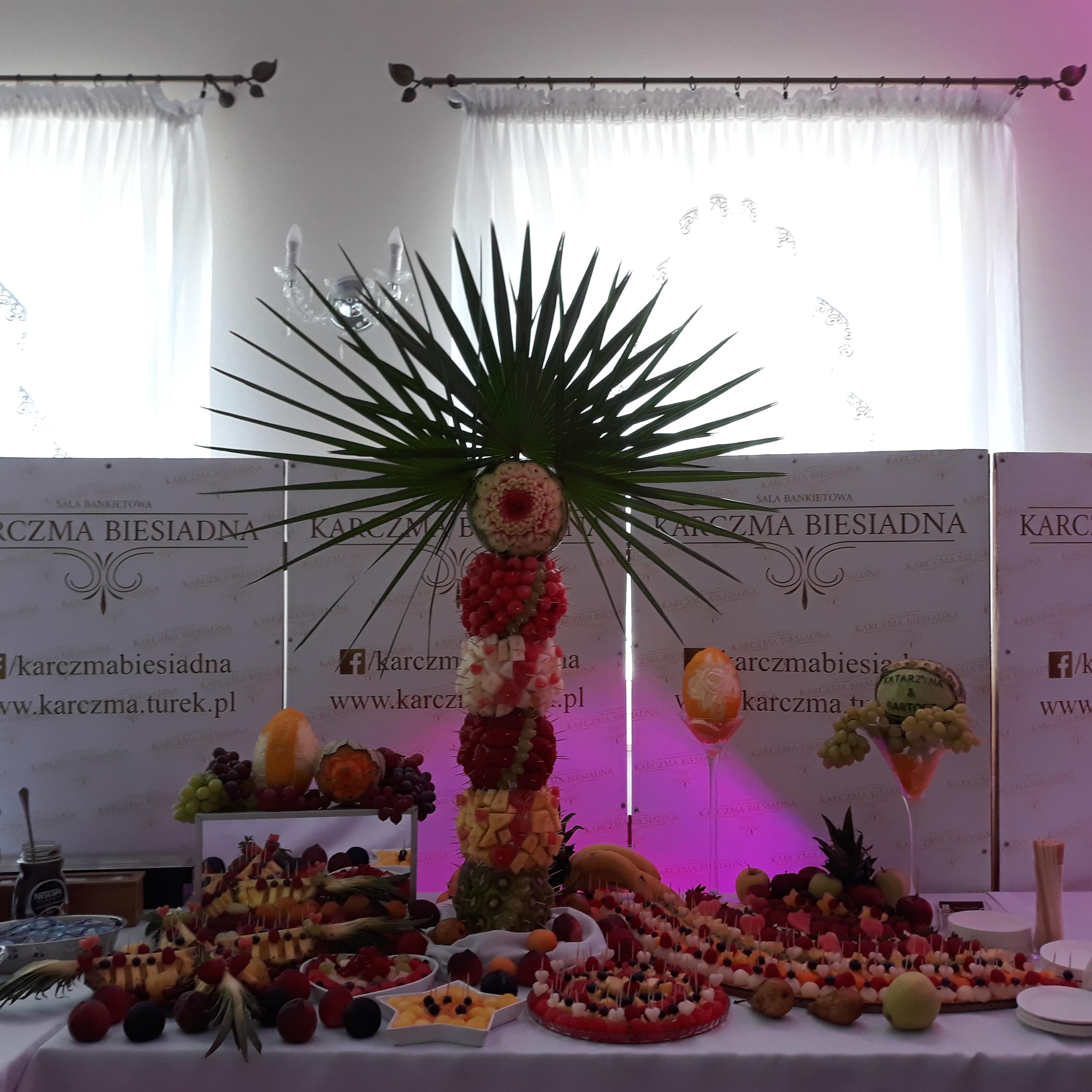 stół owocowy Turek, stół z owocami Koło, stół owocowy Konin, dekoracje owocowe, fruit carving, fruit bar,fruit bar