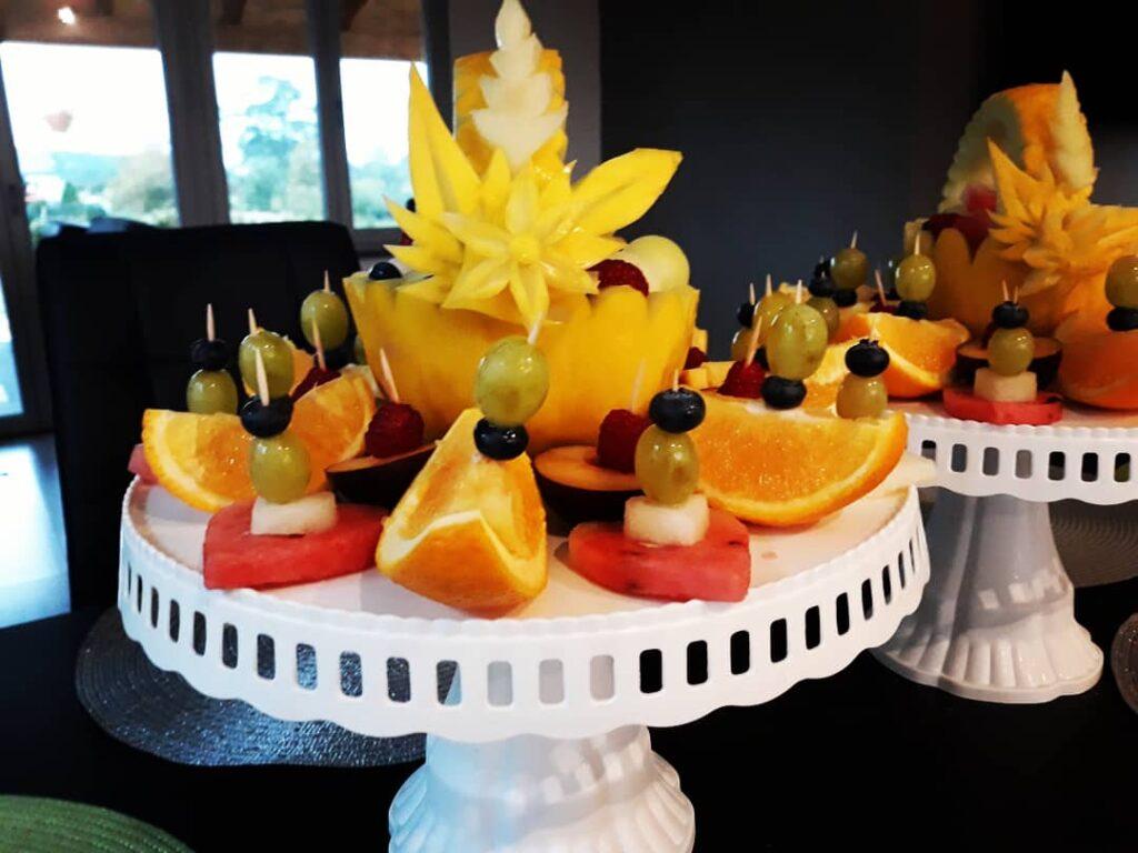 kosz z melona, dekoracje owocowe, fruit carving