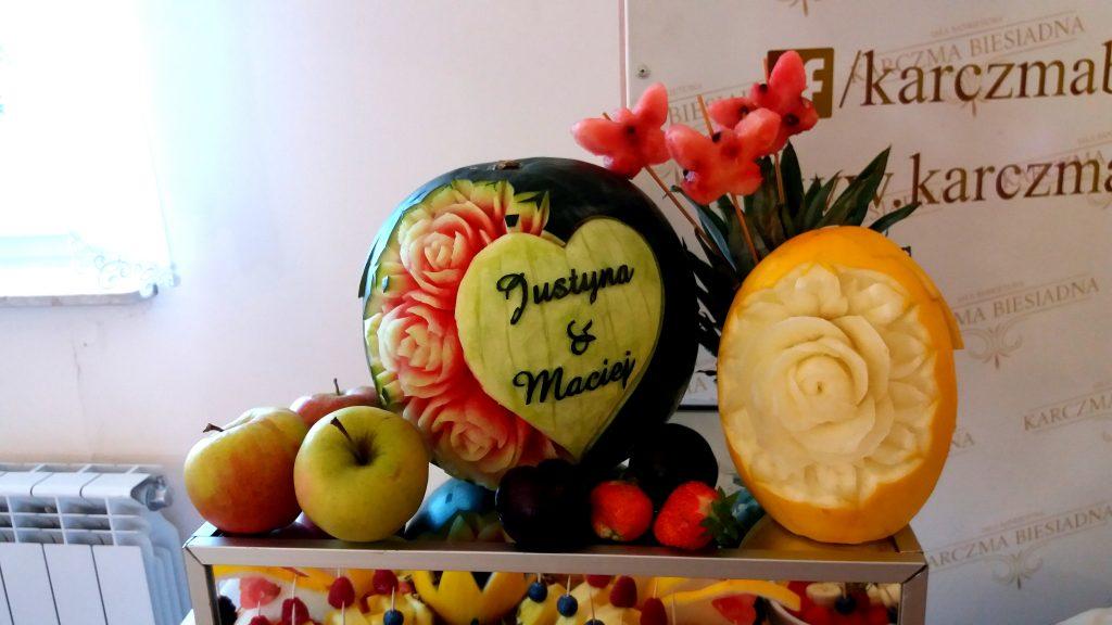 fruit carving, fruit bar, bar owocowy, rzeźbione arbuzy, owoce na wesele Turek, Konin, Kalisz, Łódź, Płock, Słupca, Poznań, stół owocowy,