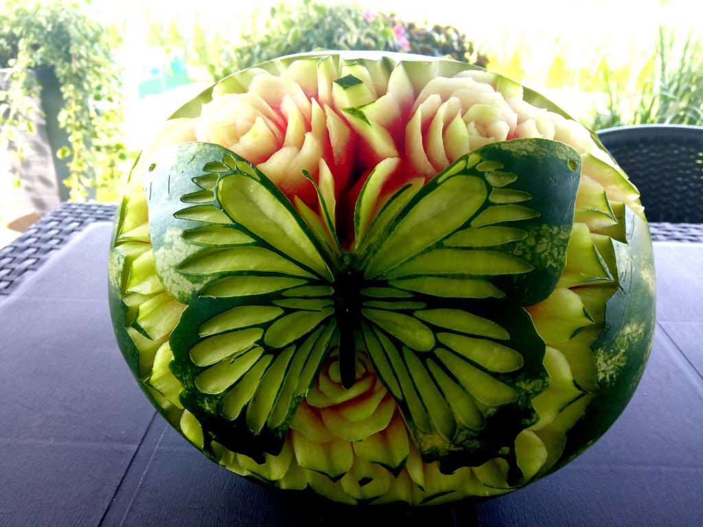 fruit carving, rzeźbiony arbuz