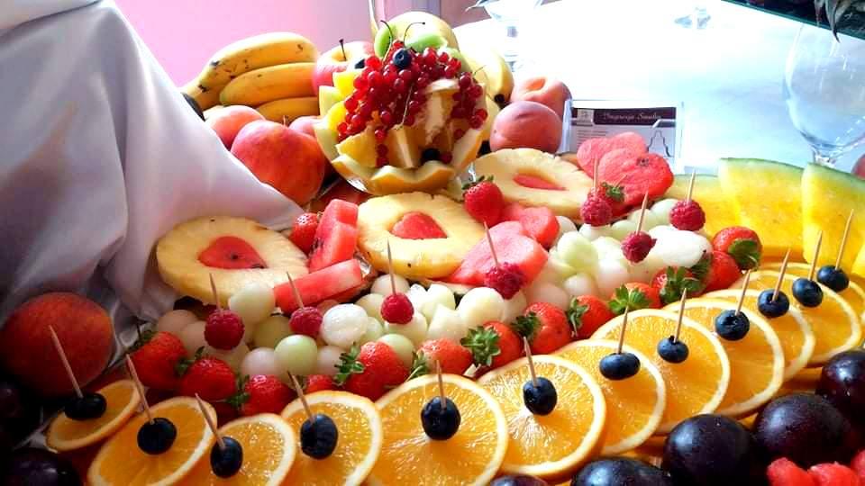 owoce na imprezę, dekoracje owocowe, palma owocowa, owoce na wesele, owocowy bar, stół owocowy, fruit carving,Turek, Konin, Klisz, Łódź