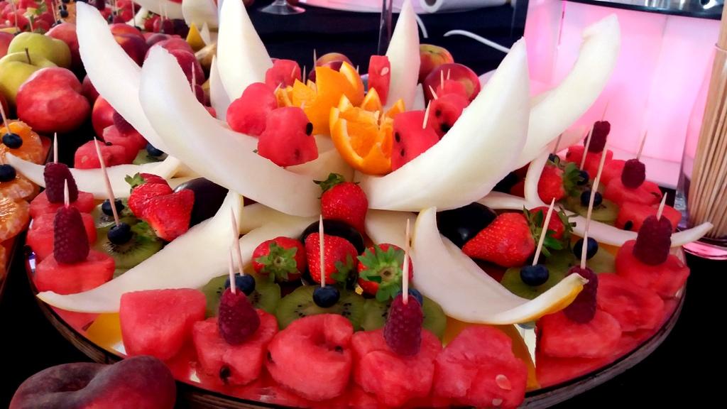 owocowy bar na wesele Biały Dwór Biała Panieńska