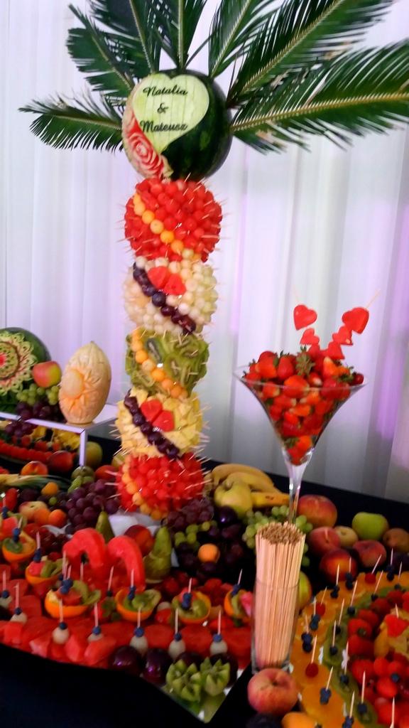 palma owocowa, stół owocowy, fruits bar, fruit carving, owocowy bar, dekoracje owocowe,