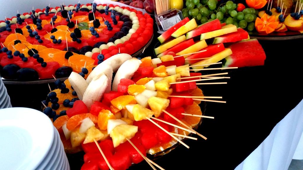 stół owocowy Turek, fruit carving, dekoracje owocowe, fruits bar, palma owocowa Łódź, Włocławek-001